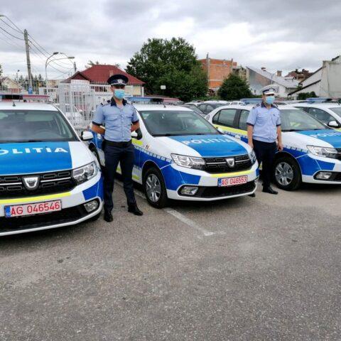 Ce mașini își cumpără Poliția Română