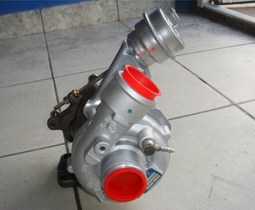 Reconditionata Volkswagen Touran 2.0TDi – AZV